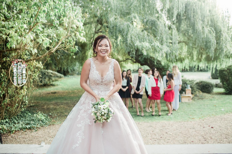 lancé-bouquet-mariage-les-clos-vallées-41