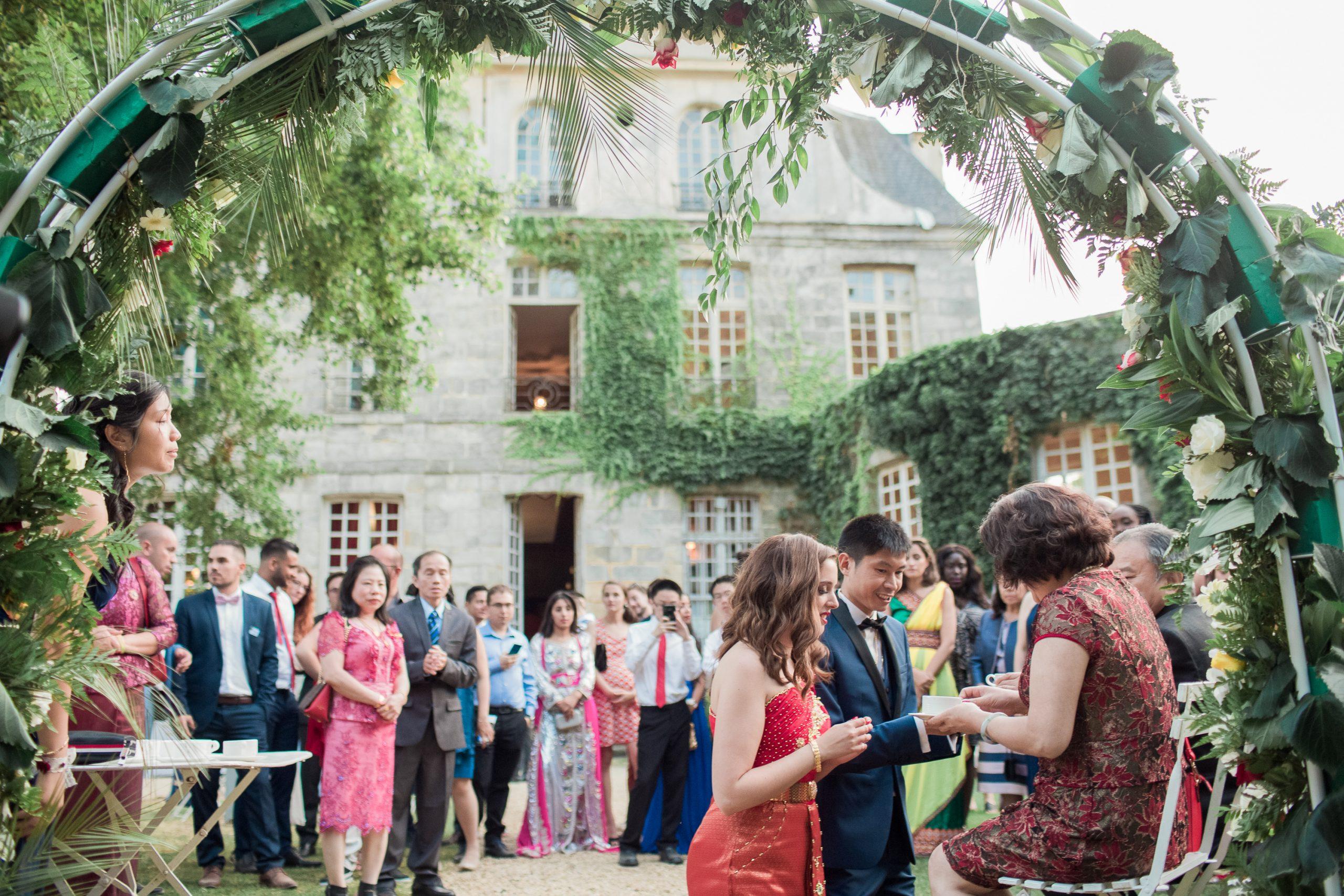 photographe-mariage-chateau-nandy-ceremonie-du-thé-chinois