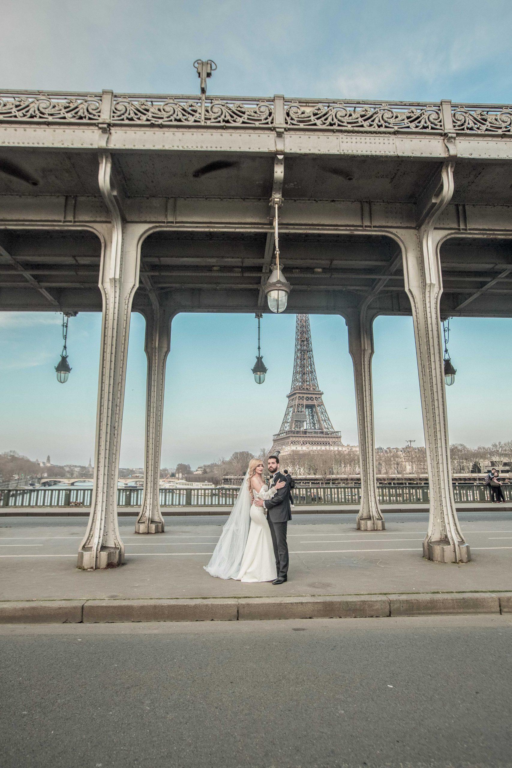 photographe-mariage-photos-marié-pont-birhakeim