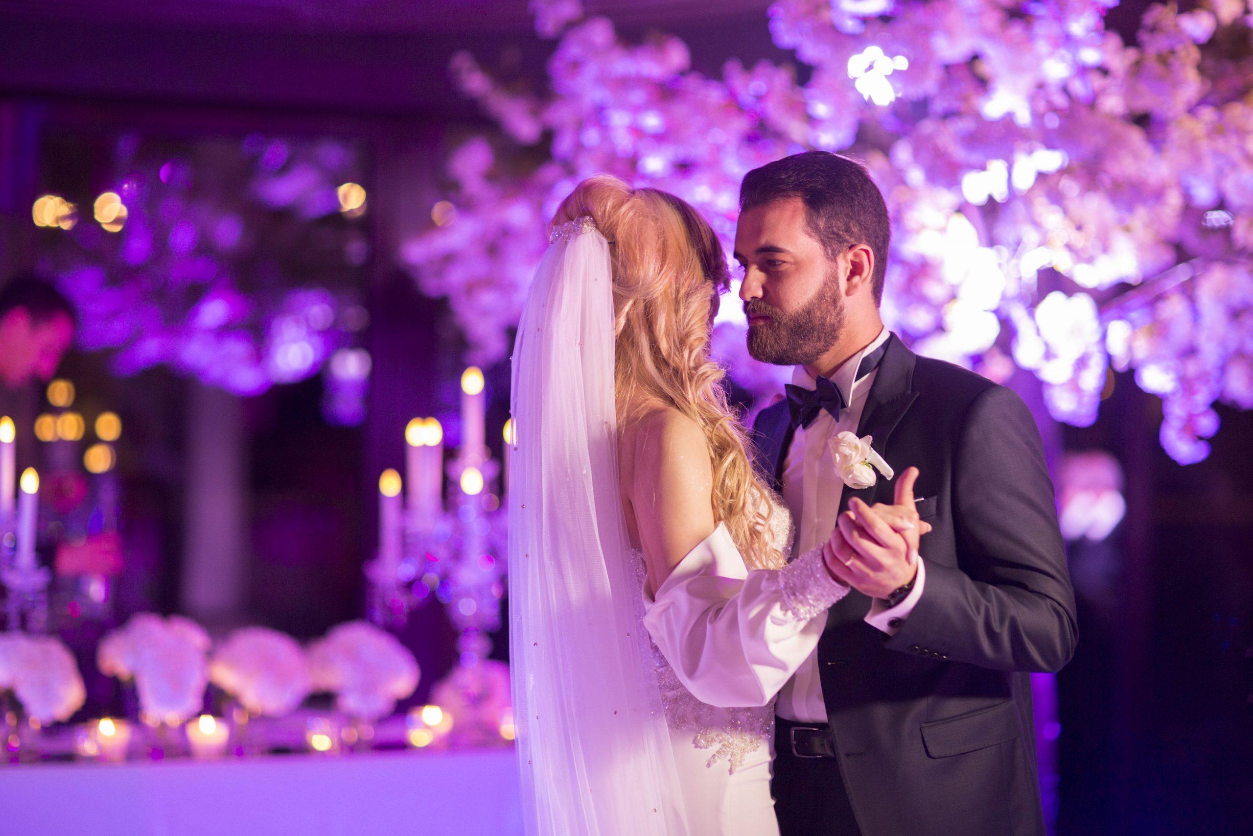 photographe-mariage-soirée-ouverture-de-bal-mariés