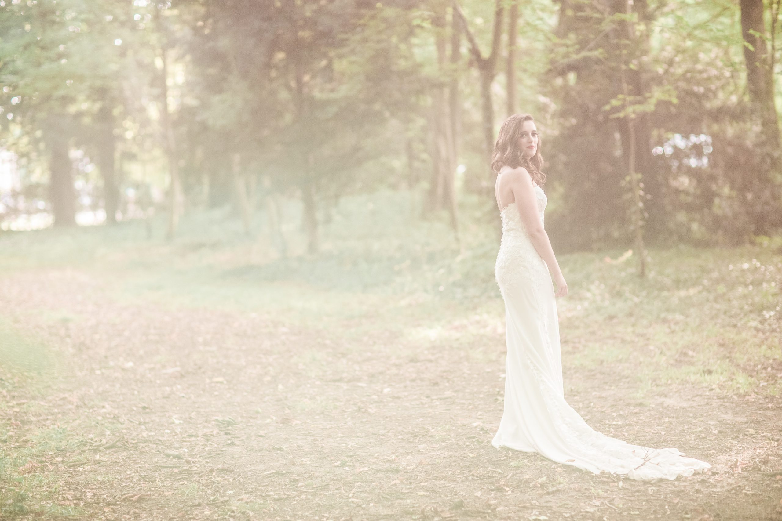 photographie-mariage-a-contre-jour-chateau-nandy