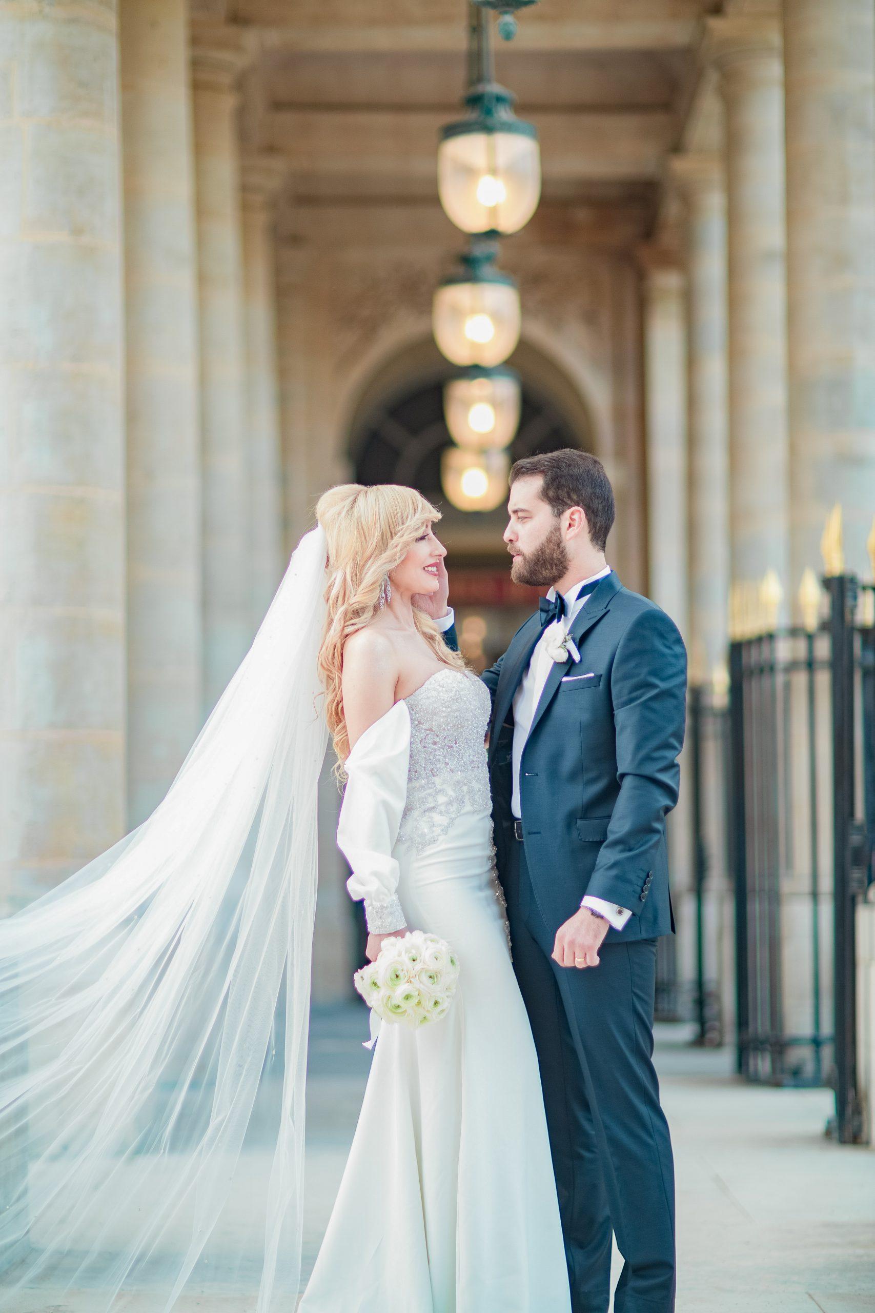 photographie-mariage-photos-mariés-palais-royale